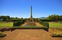 Auckland_East;Auckland;M_J_Savage_Memorial_Park;Bastion;Tamaki_Strait;crowds;sun