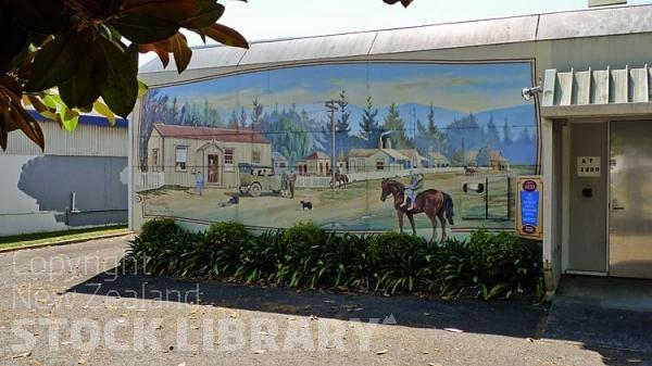 Katikati:;murals