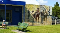 Katikati;murals;child;child_on_public_bench;child_on_park_bench