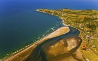 Maketu;Bay_of_plenty;blue_seablue_skysandy_beaches;sea;sea_fishing;harbours;bach