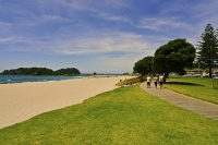 Mount_Maunganui;Mount_Maunganui;Bay_of_plenty;blue_seablue_skysandy_beaches;sea;