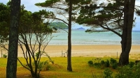Pauanui;Coromandel;sandy_beaches;bachs;holiday_homes;blue_sky;blue_sea;bush;nati