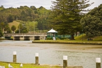 Gisborne;Turanganui_River;industrial_buildings;suburburban;Hospital;bridge;Garde