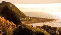 Pukerau_Bay;Kapiti_Coast;Tararua_Ranges;vegetable_growing;Blue_sky;tramping_trac