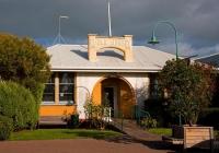 Bulls;Manawatu;agriculture;agricultural_centre;War_Memorial_Public_Library;War_M