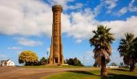 Whanganui;War_Memorial_Tower;Regional_Centre;Whanganui_River_Mouth;Whanganui;Kow