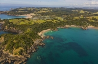 Matapouri;Northland;sandy_beaches;bachs;holiday_homes;bush;native_forrest;golden