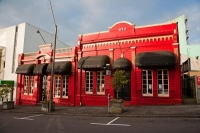New_Plymouth;Taranaki;Down_Town;Andre_Restaurant;1870_building;red_building