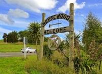 Norsewood;Tararua;sculptures;church;neo_classical_buildings;green_fields;paddock