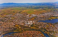 aerial;Hamilton;Waikato_River;industrial_buildings;suburburban;Lake_RotoroaAeria