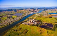 Aerial;Huntly;Waikato_River;suburburban;bridge;green_fields;River;bridge;New_Zea
