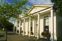 Carterton;Carterton_District_Library;Wairarapa;Neo_Classical_building;native_for