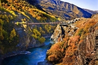 Kawarau_River;Gorge;Otago;bungy_bridge;bluffs;cliffs;Bungy_jumping;vineyards;roa
