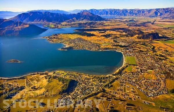 Aerial;Wanaka;Otago;lake Wanaka;Clutha River;Hawea River;Iron Mountain;airport;Cardrona;Roys peninsula;Wanaka;Town;vineyards;waterfront;Harbour