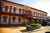 Winton;Southland;Winton;Main_Street;Pub;old;railway;hotel