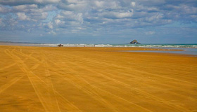 Ninety Mile Beach Images